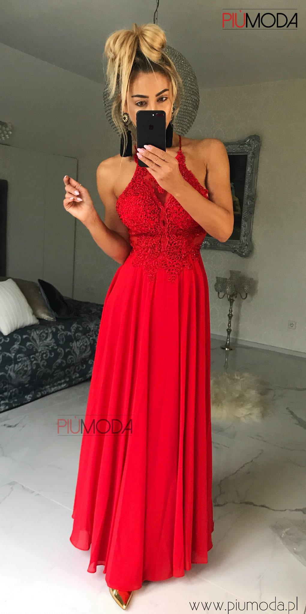 Mercedes elegancka, długa suknia czerwona